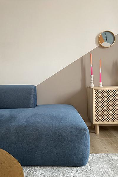 velvet sofa in dark blue by MYCS